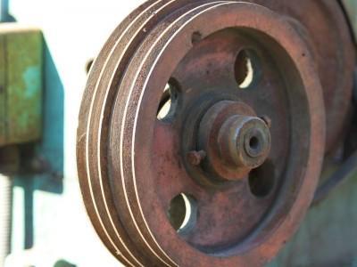 elementy do maszyn ze złomowiska